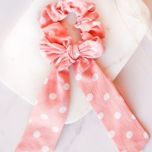 Bow Scrunchie in Pink