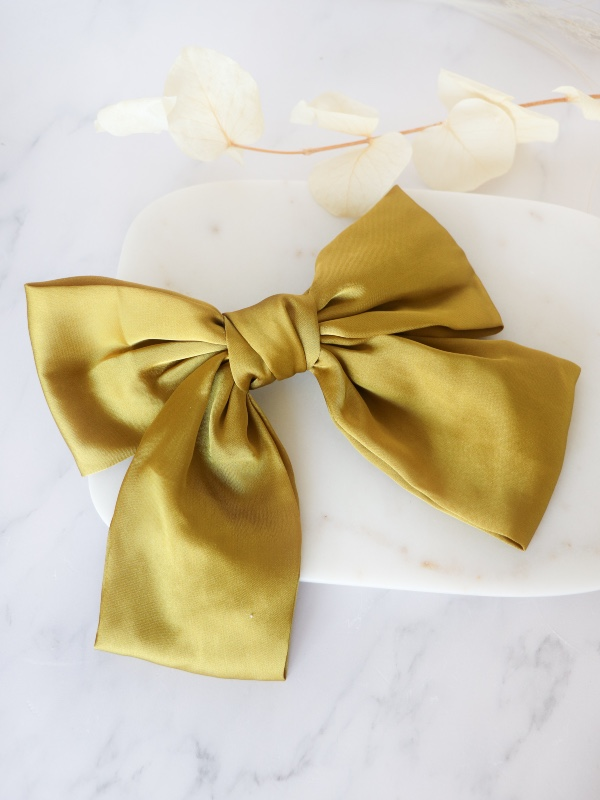 Bow Hair Clip in Olive Green