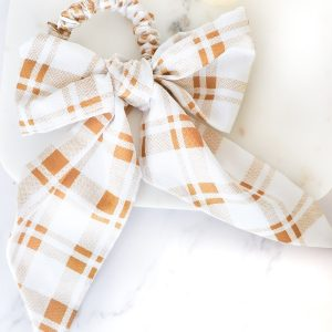 Bow Scrunchie in Check